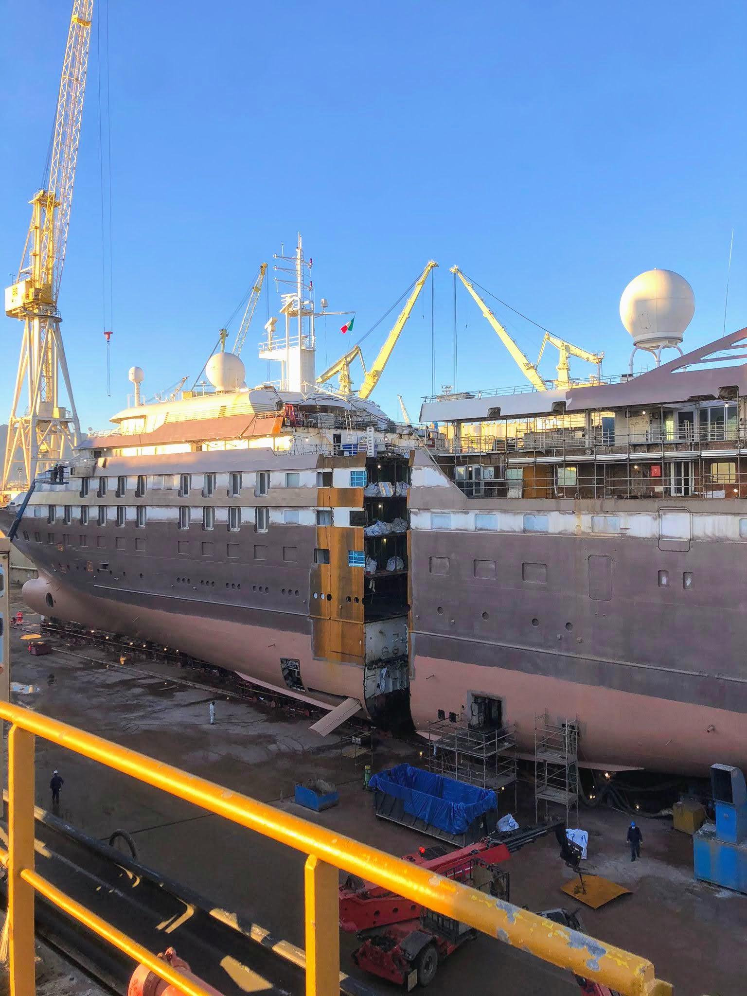 Continua il Processo di Allungamento Navi per Windstar Cruises a Palermo!